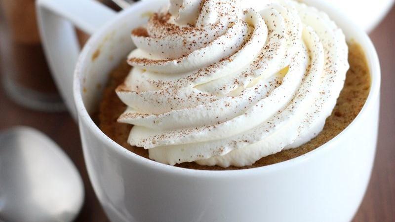 Pumpkin Spice Latte Mug Cakes