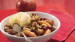 Cinnamon Apple Berry Crisp