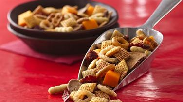 Cheesesteak Chex Mix®