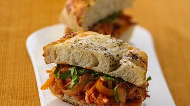 Chicken Cacciatore-Cheese Bread Sandwiches