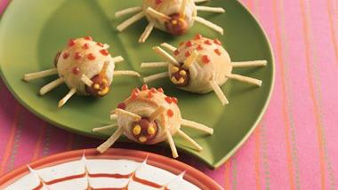 Bite-Size Boo Bugs with Bug-Catching Dip