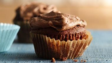 Frosted Chocolate Malt Cupcakes