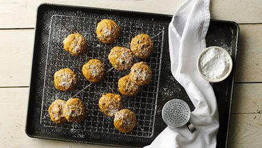 3-Ingredient Pumpkin-Chocolate Chip Cookies