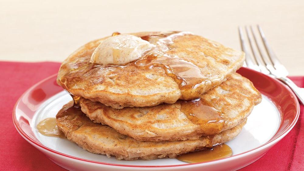 Cinnamon-Pear Pancakes