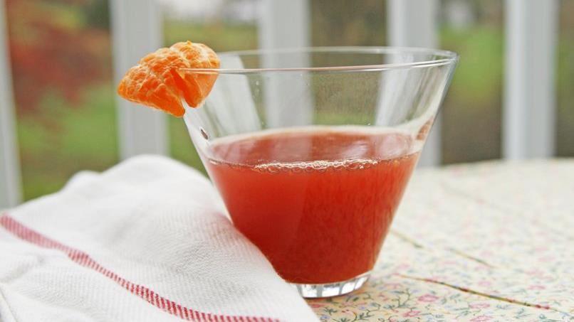 Clementine-Pomegranate Spritzer