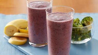 Broccoli Banana Blueberry Smoothies