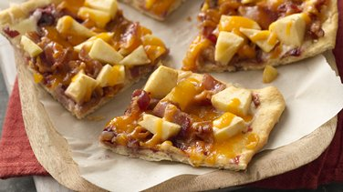 Apple Bacon Breakfast Flatbread