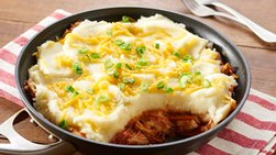 Barbecue Chicken and Cheesy Potato Skillet