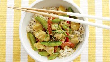 Gluten-Free Thai Green Coconut Chicken Curry