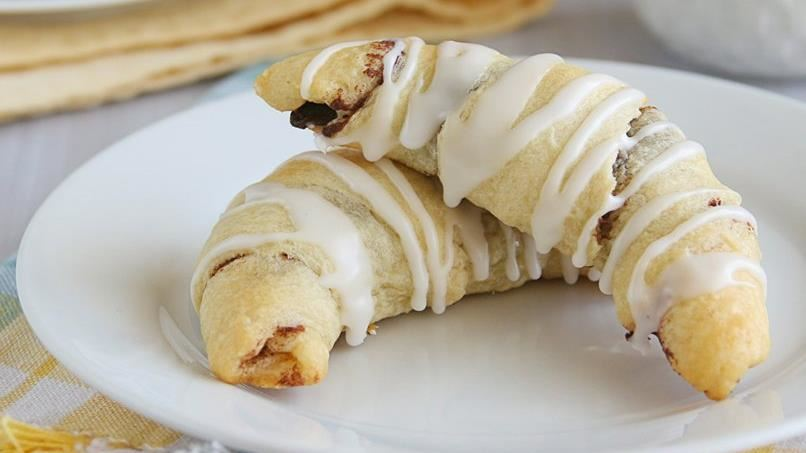 Cinnamon-Raisin Crescents