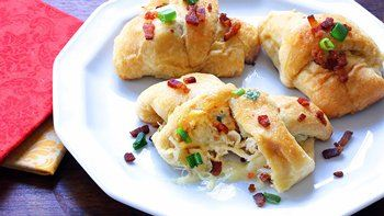 Cheesy Chicken and Bacon Rollups