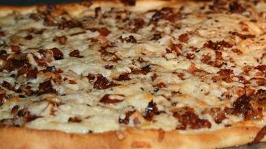 Caramelized Onion and Crispy Pancetta Pizza