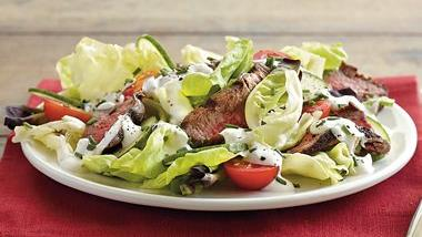 Steak Salad with Creamy Dressing