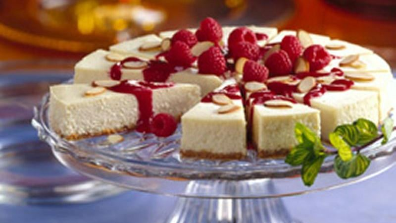 Almond Cheesecake with Raspberry Sauce