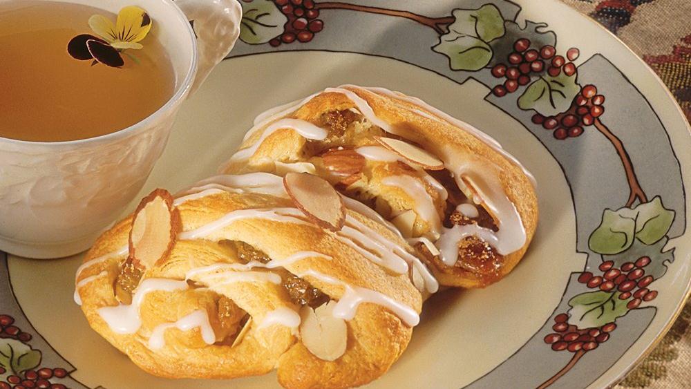 Toasted Almond Tea Cake