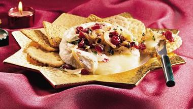 Camembert with Cranberry Caramelized Onions