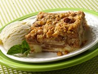 Impossibly Easy French Apple Dessert Squares