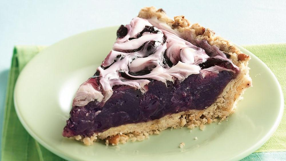 Crunchy Crust Blueberry Swirl Pie