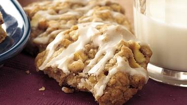 Apple-Spice-Oatmeal Cookies