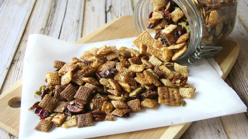 Slow-Cooker Pumpkin Harvest Chex Mix®