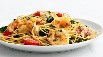 Skinny Garlic Shrimp Pasta