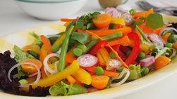 Ensalada Veraniega de Verduras con Salsa al Curry
