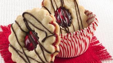 Linzer Cookie Tarts