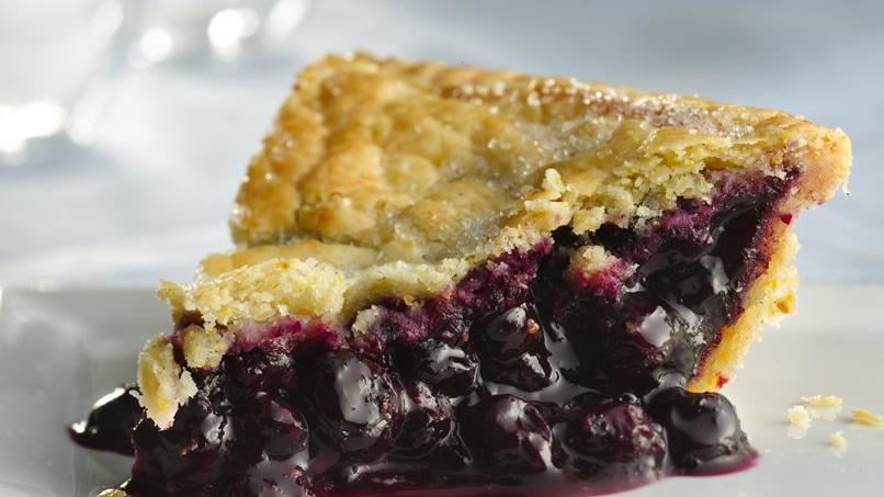 Gluten-Free Blueberry Pie with Cornmeal Crust