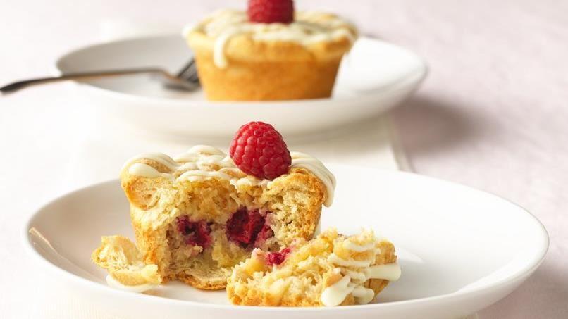White Chocolate Raspberry Dessert Cups