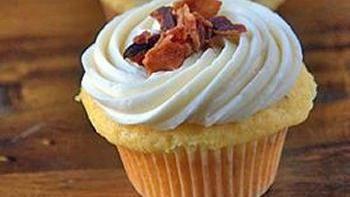 Maple Bacon Bourbon Cupcakes