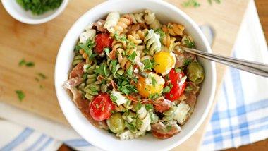 Prosciutto-Goat Cheese-Tomato Pasta Salad