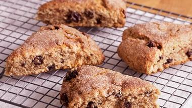 Oatmeal Raisin Scones