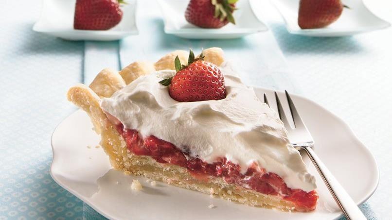 Stuffed-Crust Strawberry Cream Pie