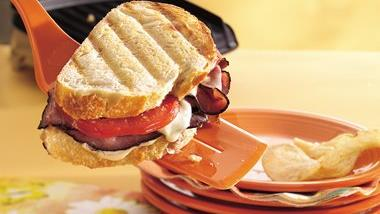Toasted Beef and Mozzarella Sandwiches