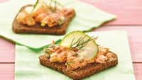 Salmon-Pimiento Appetizers