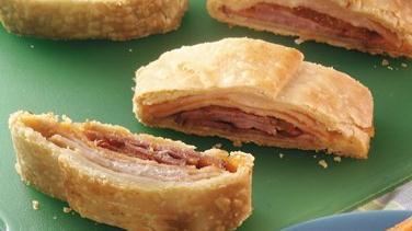 Flaky Ham And Turkey Sandwich Slices