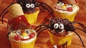 Scarecrow and Spider Cupcakes