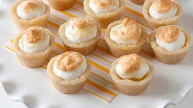 Lemon Meringue Cookie Cups