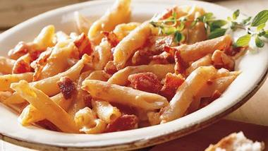 Penne with Tomato and Smoked Cheese