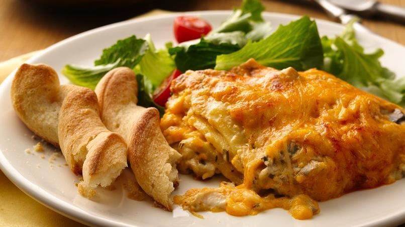 Slow-Cooker Three-Cheese Creamy Lasagna