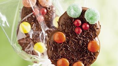 Chocolate Teddy Bear Pops