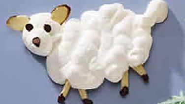 Sweet Little Meringue Lambs