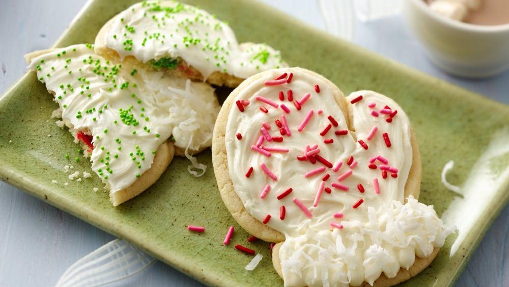 Chocolate-Stuffed Mitten Sugar Cookies