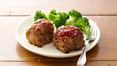Impossibly Easy Mini Meatloaves