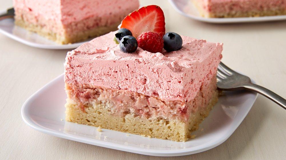 Easy Strawberry Cream Dessert Squares
