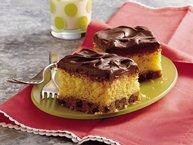 Chocolate Chip Cookie Surprise Cake