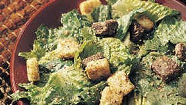 Garlic and Romaine Salad (Crowd Size)