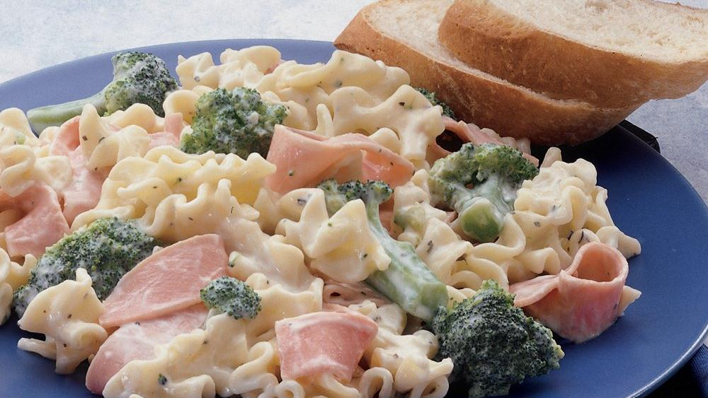 Cheesy Ham and Lasagna Noodles