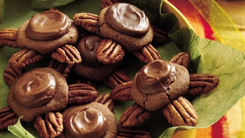 Chocolate-Caramel Turtle Cookies
