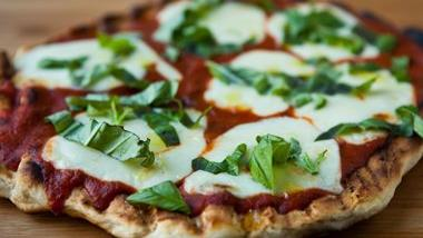 Grilled Bisquick® Margherita Pizza